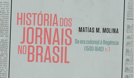 """.: Matías M. Molina autografa primeiro volume do """"História dos Jornais no Brasil"""""""