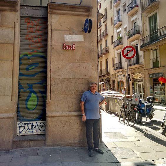 #pasteup in #barcelona #can #smile #spraypaint #graffiti #streetart #arteurbano #arturba by barbarelanomore