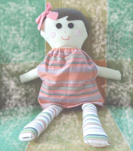 Boneca em tecido.