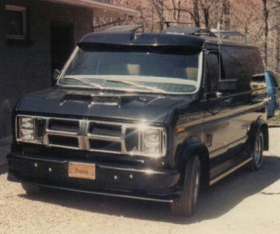 Custom 70's Ford van with rare Vantrekk grill..vk