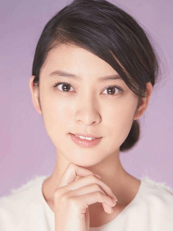 武井咲の可愛くて癒されるアップ画像