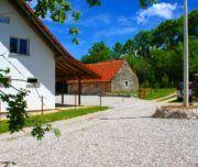 Landhaus Norddalmatien im Velebit mit großem Garten