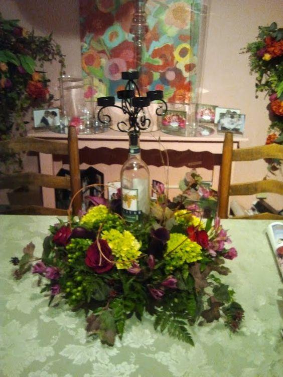 Wine Wedding Centerpiece flowers  Centro de mesa  boda