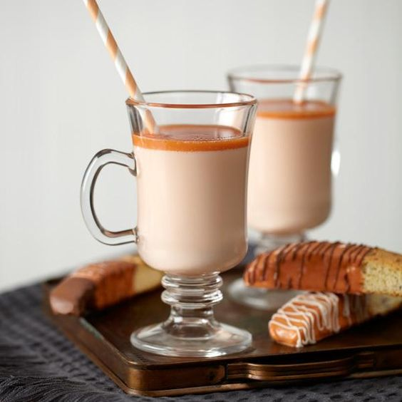 Warm up this fall with yummy pumpkin spice white cocoa from @Wilton Cake Decorating!