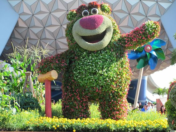 Epcot...and toy story(:
