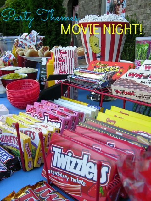 Summer's end is almost here; plan a backyard movie night with a snack bar. Easy, fun, and memorable. Here's how...