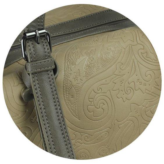 Bolsa Grafika Casual 2 com motivo paisley em baixo relevo - no Outlet Clube