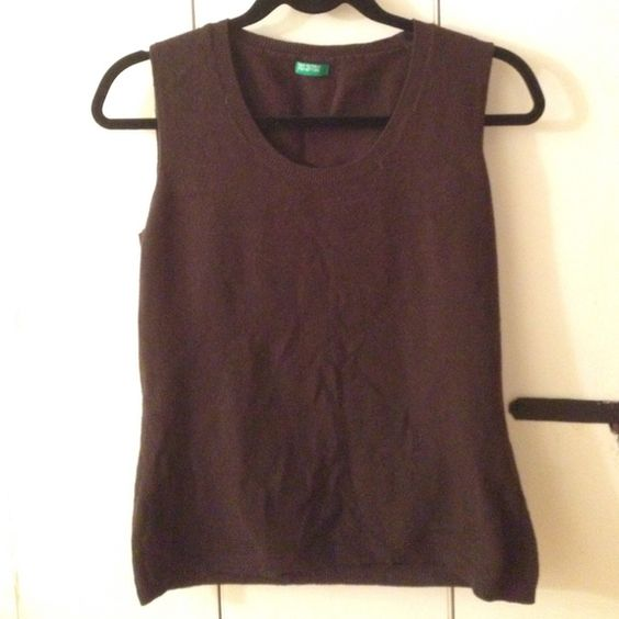 Benetton Wool Vest 100% wool made in Italy. Beautiful chocolate brown. Tag says Large but fits like a medium. United Colors Of Benetton Sweaters Crew & Scoop Necks