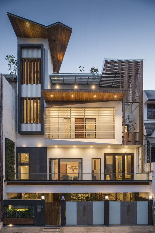 Gallery Of J House Spaces Architects Ka 25 Contemporary House Modern House Design Contemporary Farmhouse