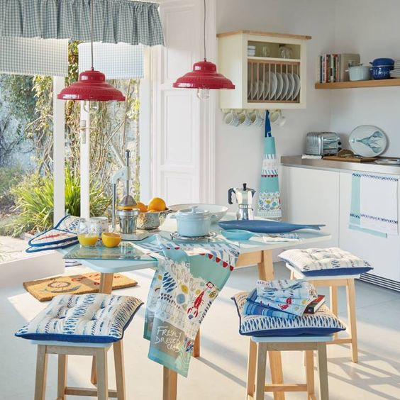 Laura ashley, cucina and stiles on pinterest