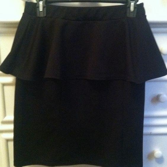 Black skirt Black mid length peplum skirt Skirts Pencil