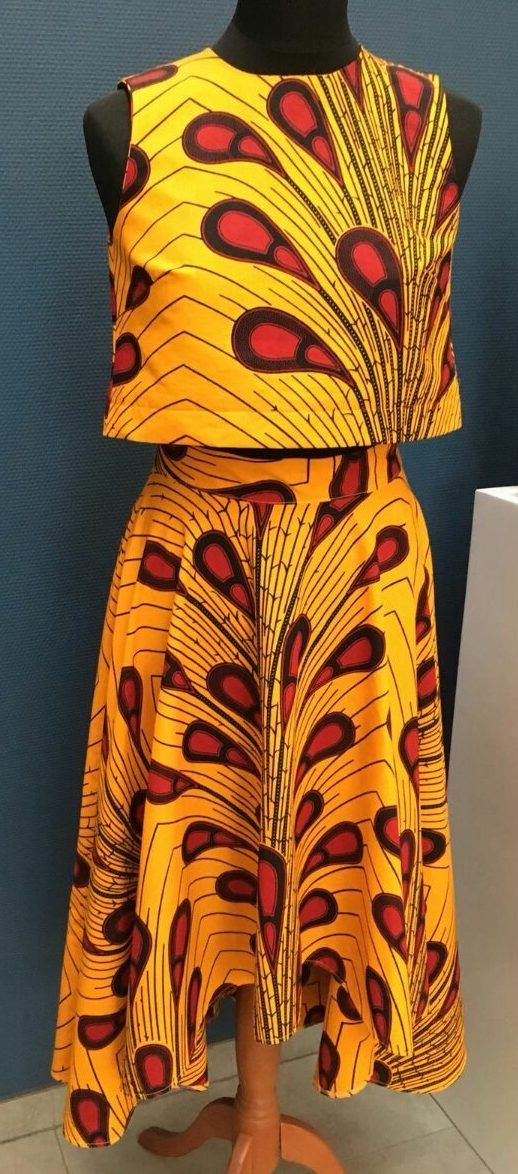 Kleid Aus Afrikanischem Wax Print Stoff Red Yellow Drops