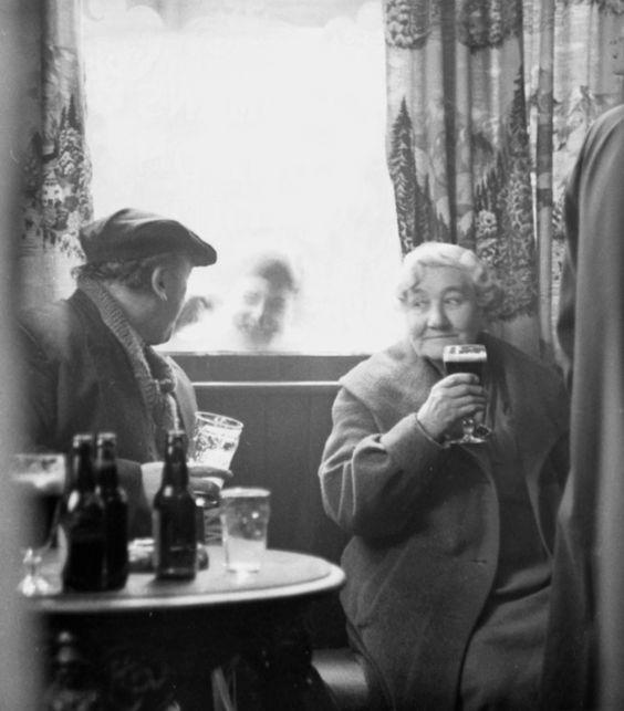 Tony Hall's Pub Photography | Spitalfields Life