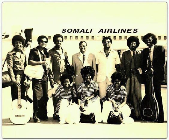 Famous Somali musicians in front of Somali Airlines. Somali musicians would often travel throughout Africa for performances.  https://twitter.com/vintagesomalia