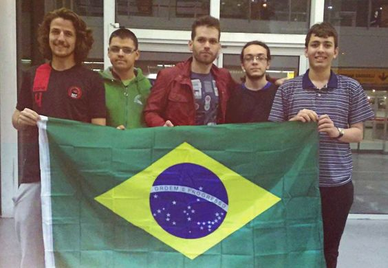 Jovens brasileiros vencem Olimpíada Internacional de Matemática