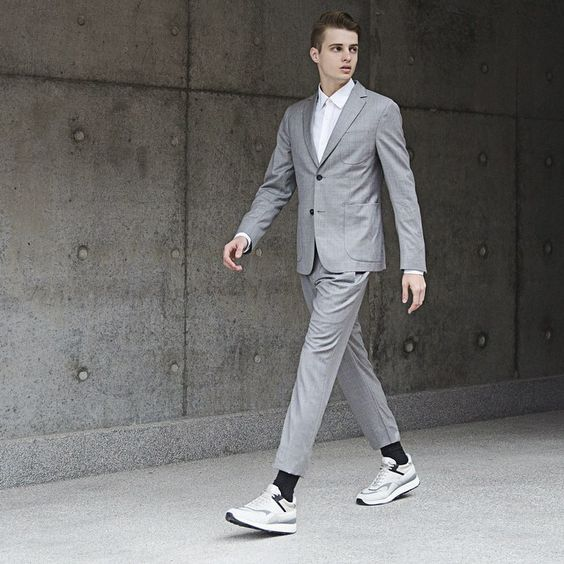 «@zegnaofficial gets bold, energetic and decisively tech-driven with the release of its #ZZegna Spring/Summer 2015 collection. Fusing practicality with…»