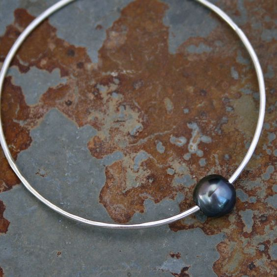 Sterling Silver Bangle with Peacock Pearl Sterling by KiraFerrer