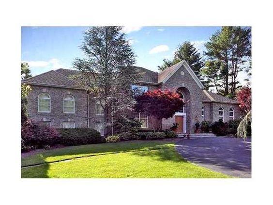 http://www.randrealty.com/agent/610/Georgine-Addeo/NY/Property/1511774/410-Strawtown-Road-West-Nyack-NY-10994/