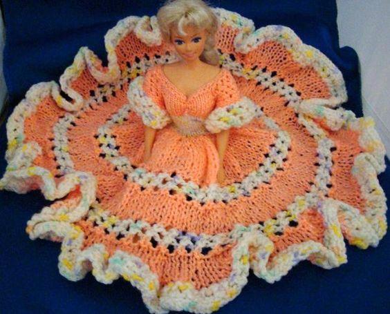 KNIT BED DOLL DRESS for BARBIE Doll, Amigurumi, DIY Craft food toys Pinte...