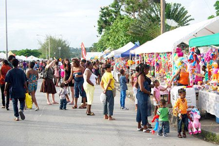 In Barbados, Bridgetown Market is the biggest street fair of the Crop Over Festival, usually held on the last weekend of the season. This is a favourite Bajan tradition where for three days the entire Spring Garden Highway is converted into a hype of activities, as the focus is mainly on this sub-festival of the Crop Over Festival.