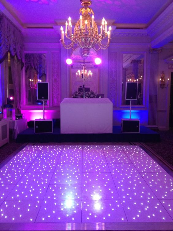 White Led Dance Floor Speakers Dj Booth And Lighting At The Rac Club Mayfair Wedding