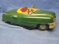 Vintage Tin Litho 1950?? Battery Operated Cadillac Convertible