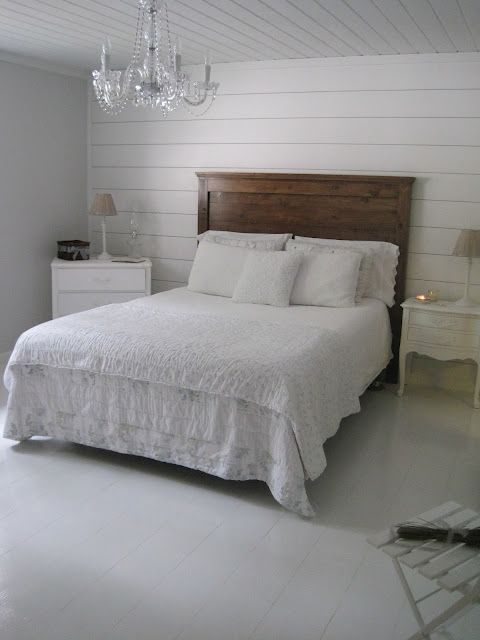 Love This Diy Wood Headboard In The All White Room