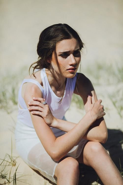 Fashion and Portrait Photography by Laura Marii
