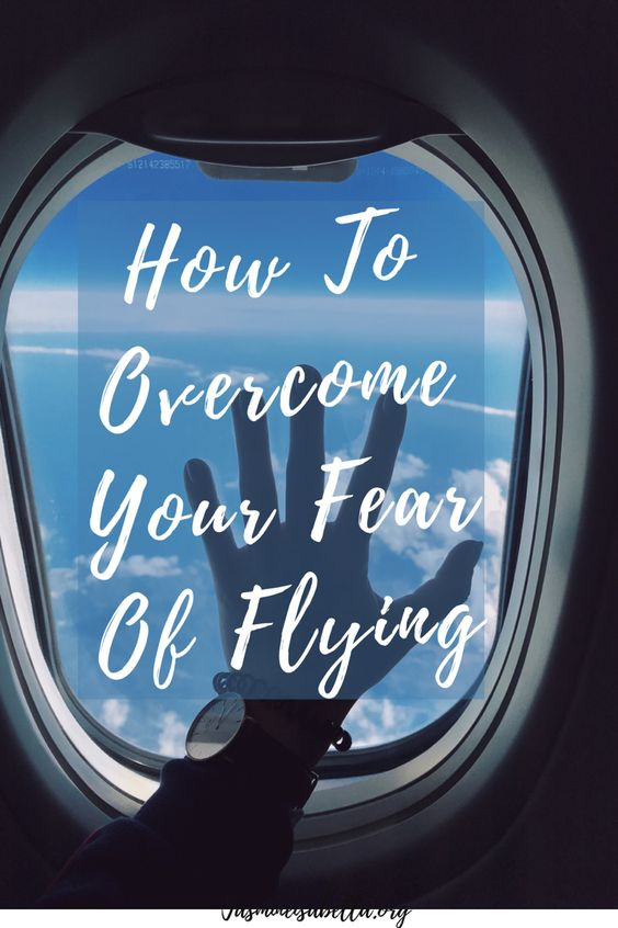 Do you experience fear and anxiety before or during a flight? Learn how to reduce your fear of flying with simple tips, tricks, and activites. Discover the best natural remedies for managing travel worries and be more mindful during your time away. #anxietyrelief #traveltips