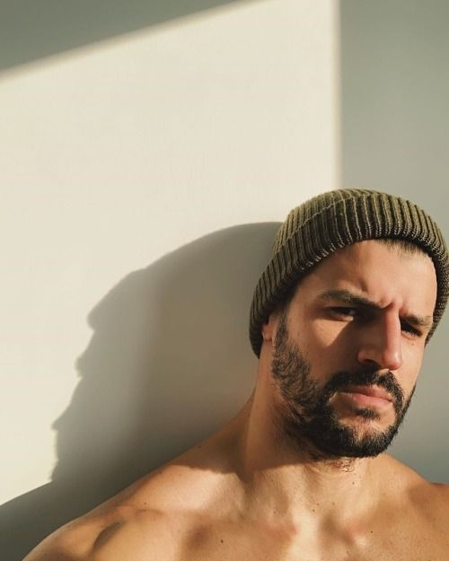 Pin By Ariel Ramirez On Define Beauty In 2020 Rugged Men Smooth Operator Male Face