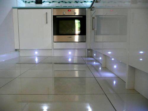 Cool plinth lights kitchen inspiration pinterest led kitchens and lighting - Kitchen plinths ...