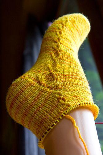 Knit Sock Pattern Toe Up : Kiila pattern by Yarnissima Cable, Knit socks and Ravelry