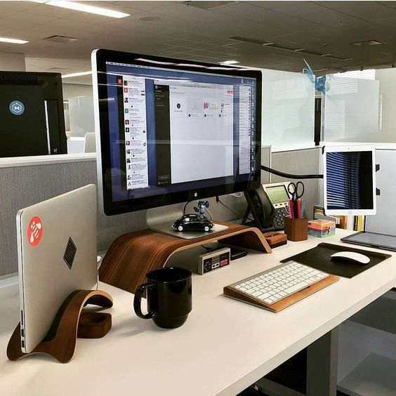 OMG this is literally m ultimate dream workspace o.O
