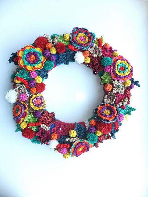Ravelry: breimutske's christmas wreath