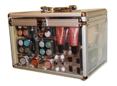 Shany Carry All Trunk Professional 48 pc.  Makeup Kit  Gift Set: http://www.amazon.com/Shany-Carry-Trunk-Professional-Makeup/dp/B002XXAUE8/?tag=httpbetteraff-20