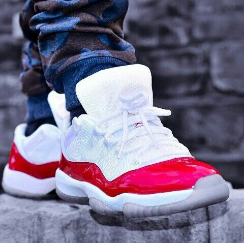 air jordan 11 low tops