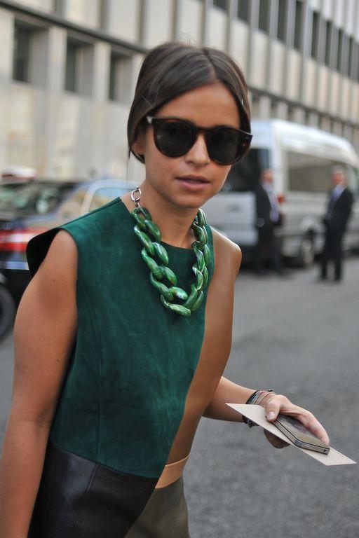 Miroslava Duma in emerald at Milan Fashion Week, 2012 #coloroftheyear