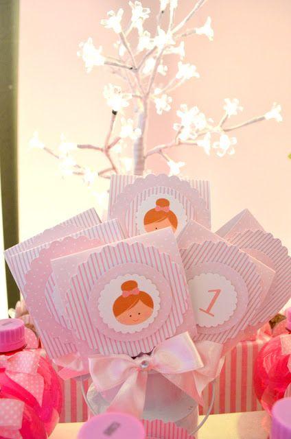 Pink Limonada : Boneca personalizada. Mensagem fim de festa, agradecimento.