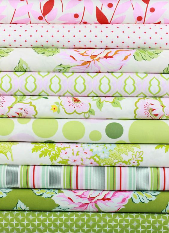 Heather Bailey for Free Spirit, Nicey Jane Pink in FAT QUARTERS 10 Total  10 FQ @ 30.