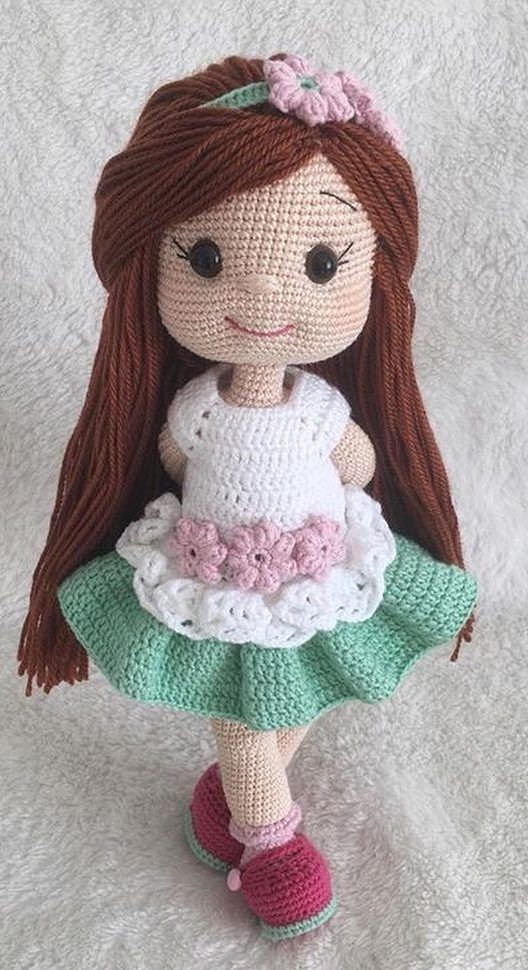 Free Crochet Doll Pattern- The Friendly Grace - thefriendlyredfox.com | 970x528