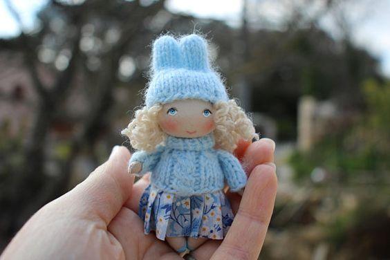 Poupée miniature lapin pour la maison de poupée, poupée de chiffon de décoration de poche d'artiste, petite poupée en tissus de collection