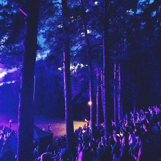 Purple magic. #music #musicfestival #estonianmusicfestivals #intsikurmufestival #intsikurmu2016 #magicalvibes #purplemagic #tallinnstreetstyle #TSS