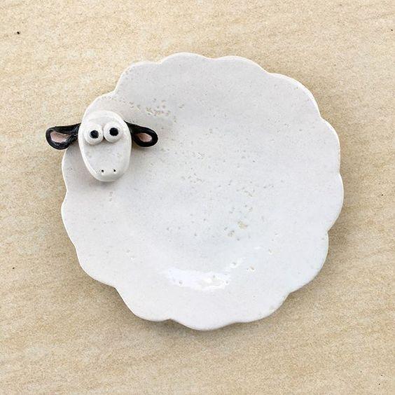 Meleyen spoon holder #ceramic #sheep #lamb #spoonholder #kitchenware