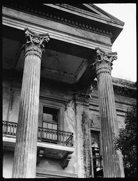 Columns belle and castles on pinterest for Plantation columns