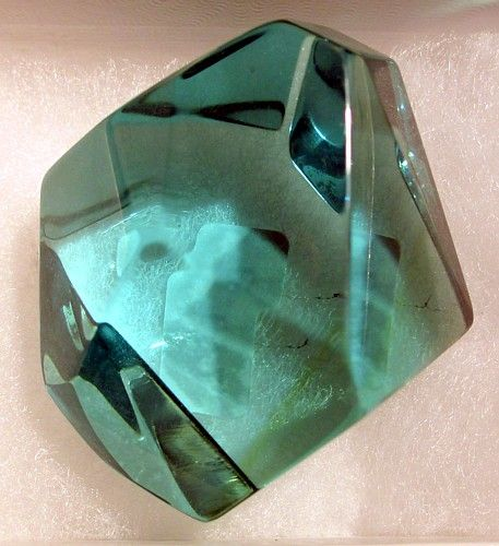 how to tell green obsidian from glass