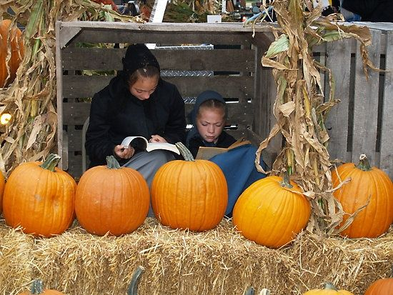 AMISH DISCOVERIES: Amish Pumpkins and Reading Moment