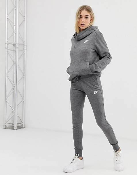Grey nike tracksuit, Cute sweatpants outfit