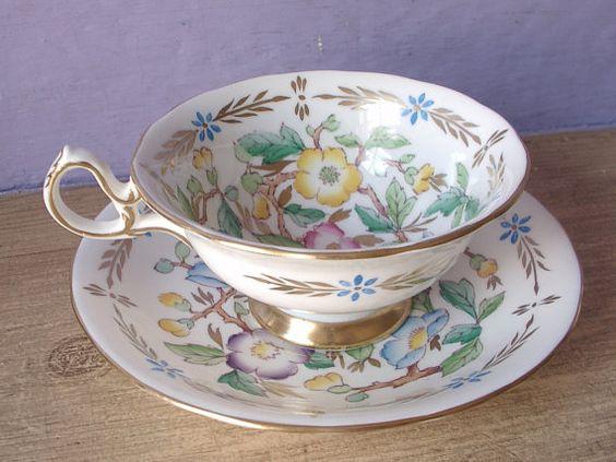 UNIQUE Antique Royal Chelsea hand painted Teacup & Saucer