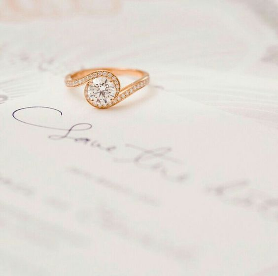 Pink gold engagement ring
