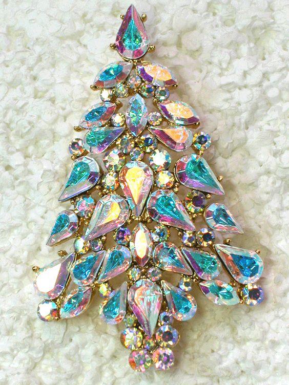 Stunning Clear AB Rhinestone Crystal Christmas Tree Pin Brooch:
